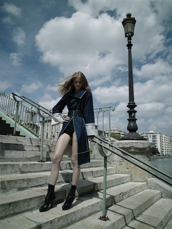 Lang denim frakk og trapp