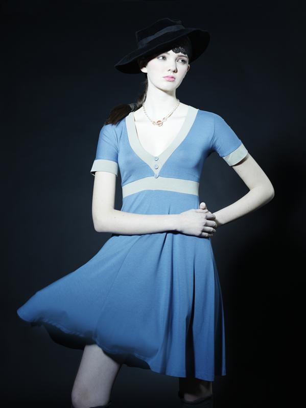 Vicky dress i blå