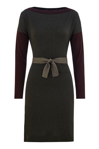 (dress)